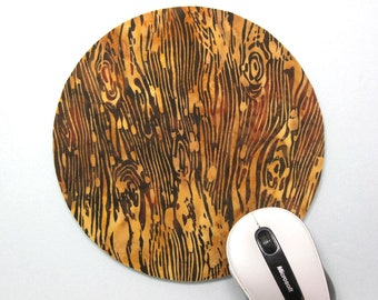 Buy 2 FREE SHIPPING Special!!   Mouse Pad, Round Fabric Computer Mousepad, or Trivet    Wood-Grain Batik