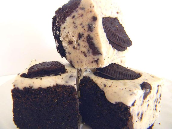 Julie's Fudge - COOKIES & CREAM Pie w/Oreo Crust - Ode to the Oreo - Over Half Pound