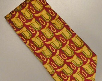 Designer GUCCI   Neck TIE 1970s   SILK tweel signed  Saddles and Rings motifs  57 x 3 1/2 in