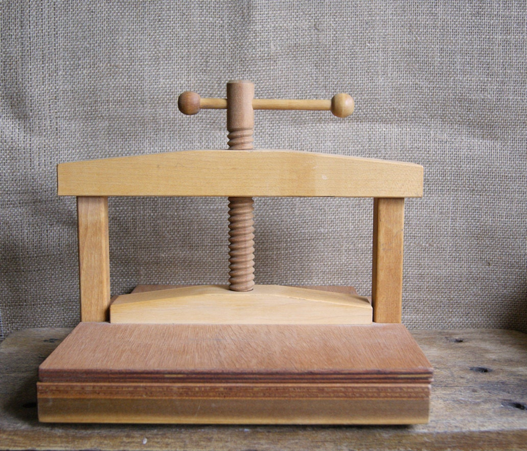 Wood Flower Press Or Book Press