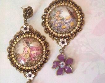 """Boucles de style victorien cabochons """"petites fées""""    fairies victorian earrings"""