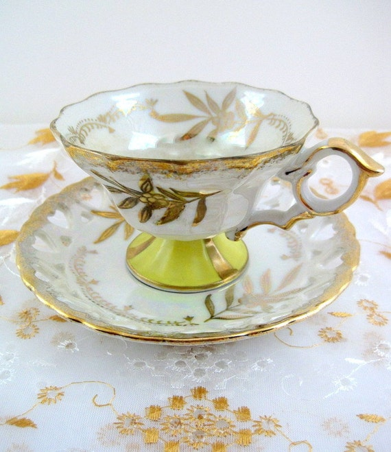 Royal Halsey Lusterware Footed Teacup and saucer Gold Leaf  with Bright Yellow Accents, 1950's, Iridescent pearl