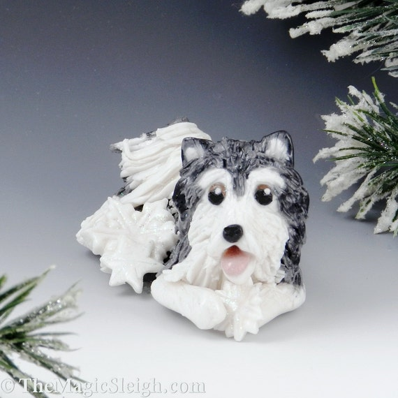 Alaskan Malamute Ornament Snowflakes Porcelain Sculpture