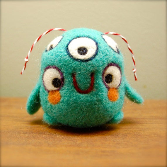 Five Eyed Turquoise Alien WOOLY OOAK Ready to Ship