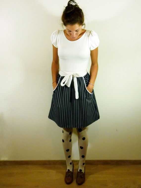 Classic black and white dress// Large pin stripe skirt part// S, M, L