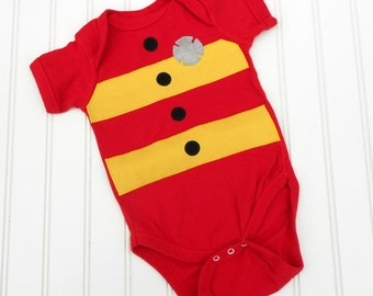 READY TO SHIP Great Costume / Baby Shower Gift bodysuit Fireman Fire fighter bodysuit cotton applique great photo prop