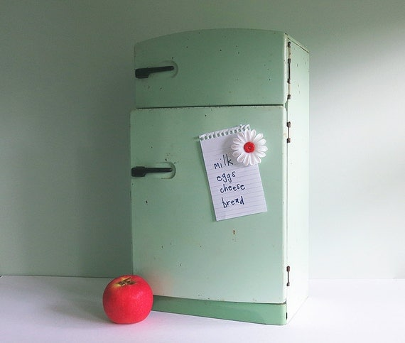 1950s Wolverine Green Toy Refrigerator Stocked with Play Food and Lithographed Groceries