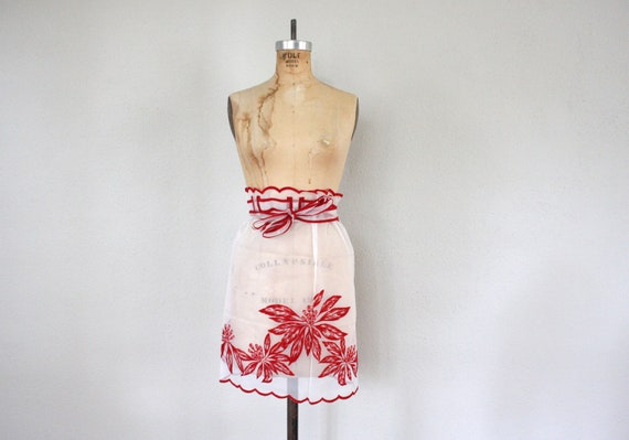 Vintage Apron // 1950s Housewife Half Apron // Mid Century Apron in White and Red