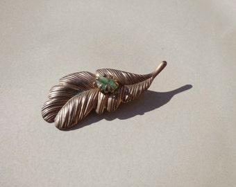 Gold Brass Green stoned vintage leaf brooch