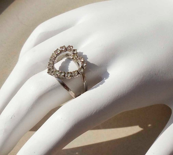 Vintage Silver Rhinestone Heart ring adjustable