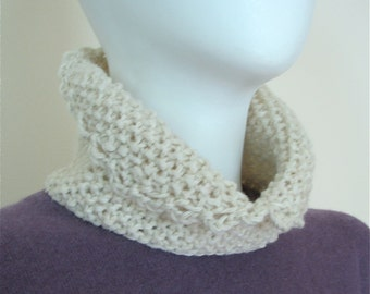 Hand Knit Chunky Neck Warmer / Collar with Picot Trim - Universal Layer Piece - off White