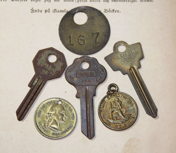 Vintage Steampunk KEY and TAG Lot Saint Christopher Medal