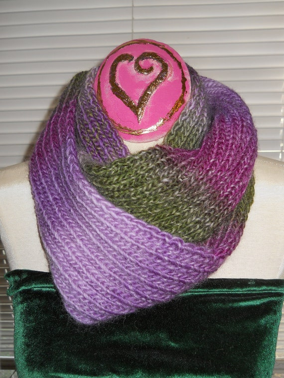 Reduced VARIGATED INFINITY Purple Olive Green Lavender New Handknit SCARF for the Fashionable Girl
