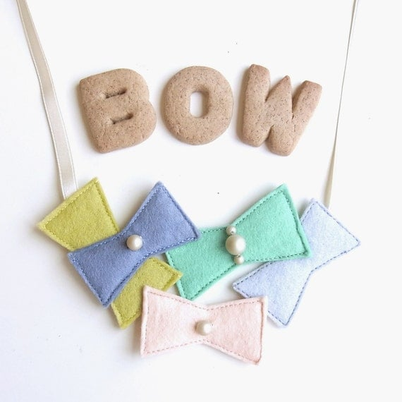 LAST ONE - Niji Bow Party Necklace