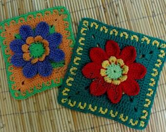 8 petals flower Square