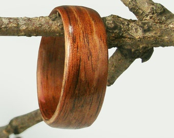 Bentwood Mens Ring Walnut