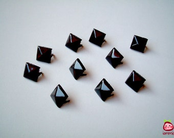 Black Square Studs, Leather Craft Studs, set of 10, pin, button, bead, silver, jaws, fang, rock, punk, metal, aluminium, iammie