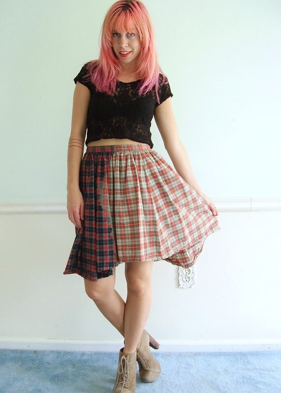 90s Grunge Plaid Mini Skirt - Vintage - Flannel Cotton- FULL- Swing - SMALL S