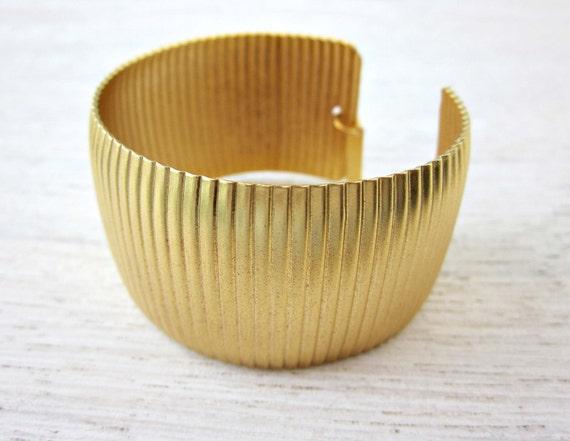 Flamingo Thick Bracelet, statement cuff bracelet