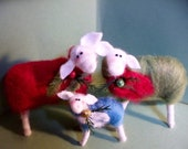 Christmas Sheep Family Ornaments Set