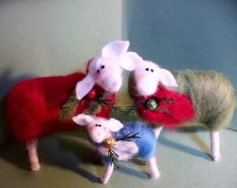 Christmas Sheep Family Ornaments Set