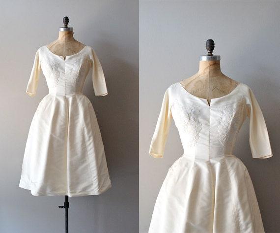 r e s e r v e d...1950s wedding dress / silk 50s wedding dress  / Suonando Campana dress