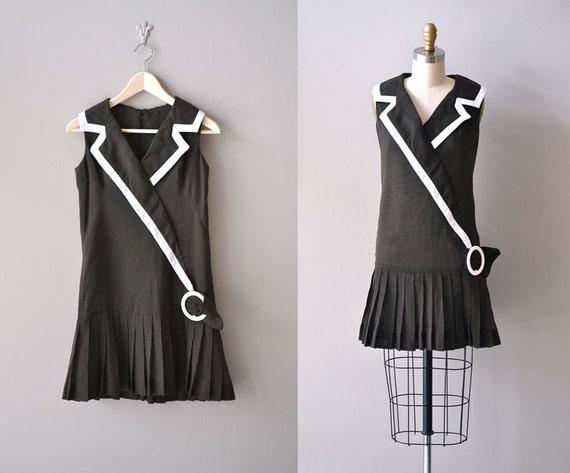 1960s dress / 60s flapper dress / mod mini / Brownie Girl dress
