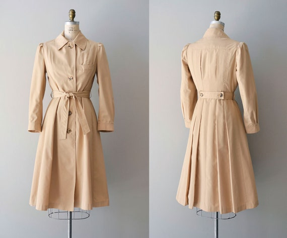 trench coat / 1970s trench / vintage trenchcoat / Fit & Flare trench
