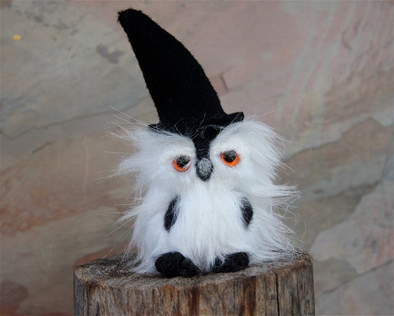 Barnaby the Halloween Owl, Doll Holiday plush Figurine (woolcrazy)