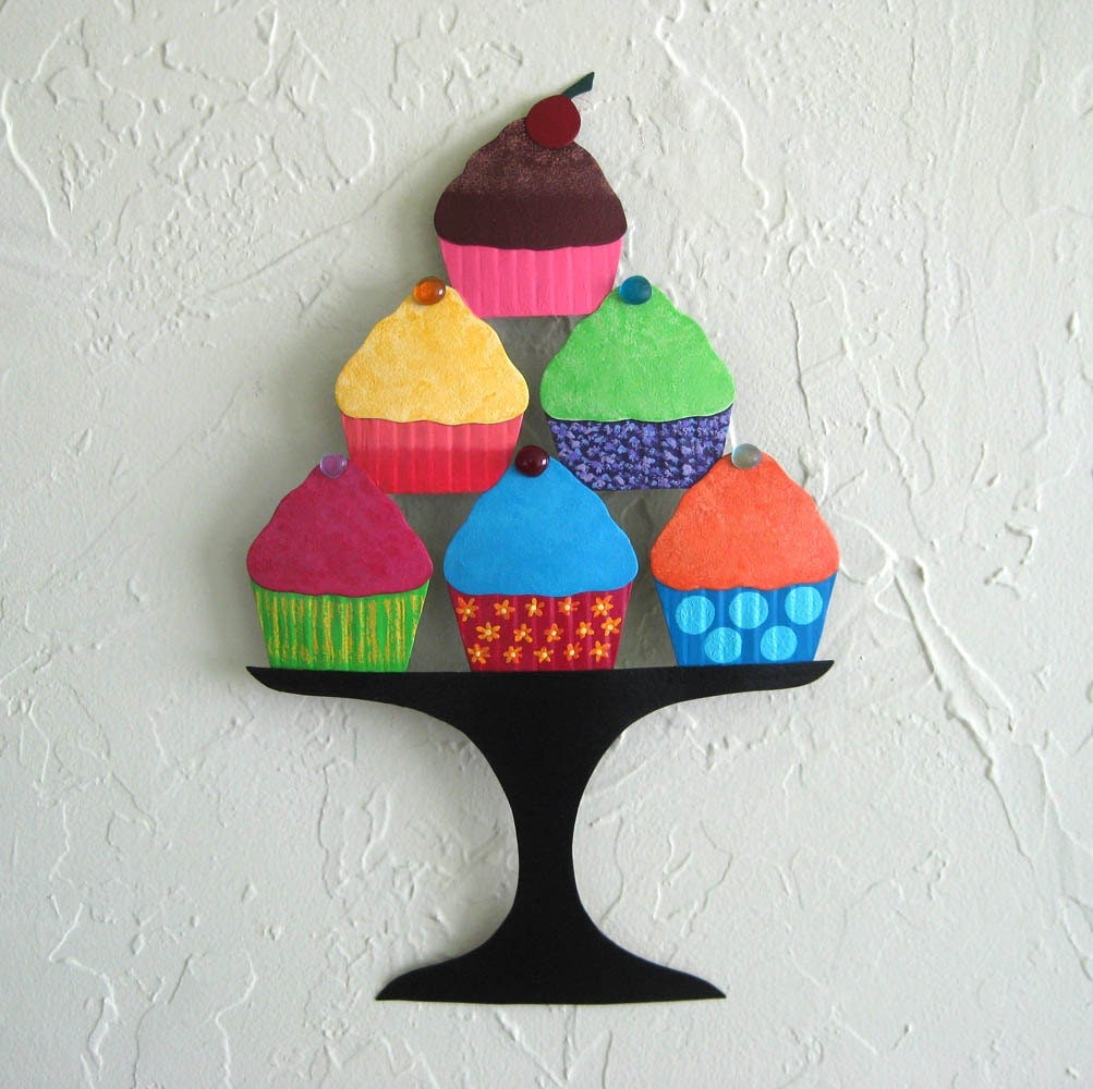Metal wall art cupcake sculpture recycled metal kitchen wall for Cupcake wall art