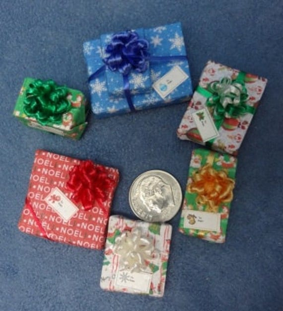 Six Assorted Miniature Christmas Packages set 185
