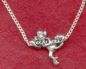 Climbing MONKEY Pendant on Silver Plated chain Necklace Chimp