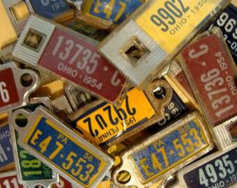3 Vintage License plate keychains
