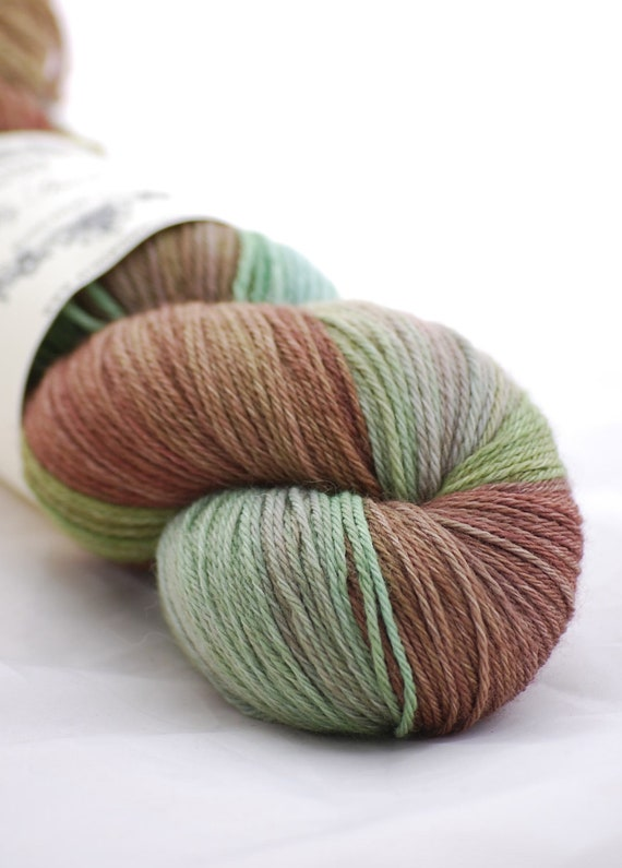 Milly Standard Sock Yarn - Superwash Merino - Rusty