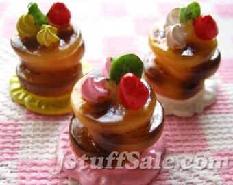 6 pcs Miniature cake cabochons (A197) mixed color
