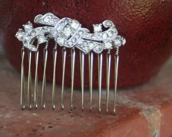 H18 Upcycled Vintage Diamond Rhinestone Spray Hair Comb