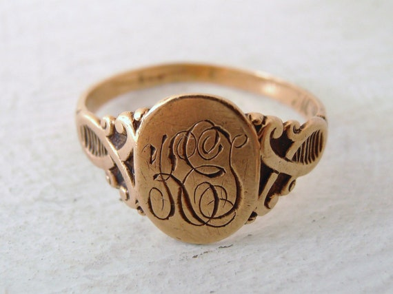 Vintage 10k Gold Victorian Insignia Initials Ring