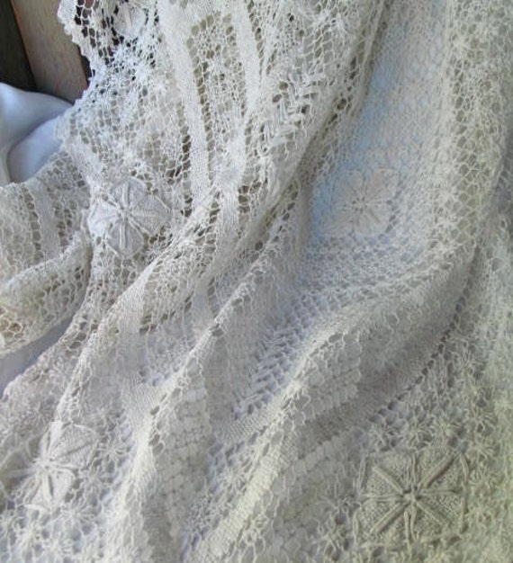 """Filet Lace Tablecloth Handmade  62"""" x 78"""""""