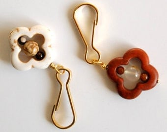 Clover Shaped Zipper Pull - Choose Your Color, Arabesque Shaped Purse Charm, Earth Tone Backpack Charm, Purse Bling