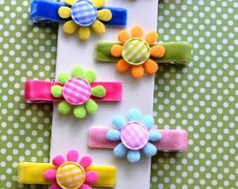 Set of 6 Gingham Flower Clips