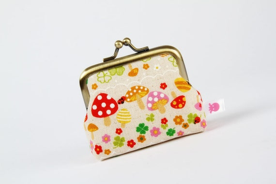 Deep mum - Colorful mushrooms and clovers - metal frame purse