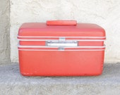 SALE Vintage Sears Courier Train Case Red Orange Rose in Good Condition