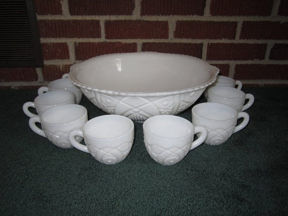 vintage milk glass punch bowl set with 10 cups. Black Bedroom Furniture Sets. Home Design Ideas
