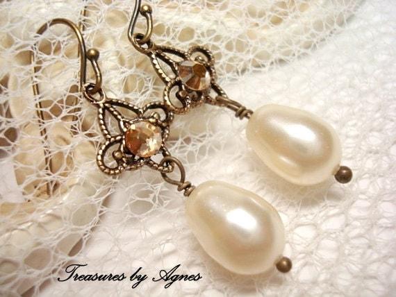 Delicate Bridal earrings, Pearl wedding earrings, Bridal jewelry, Antique gold earrings, Golden shadow crystal earrings, Swarovski earrings