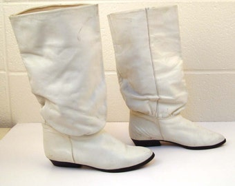 White Boots Vintage 1980s Flat Leather Flings Slouch size 6