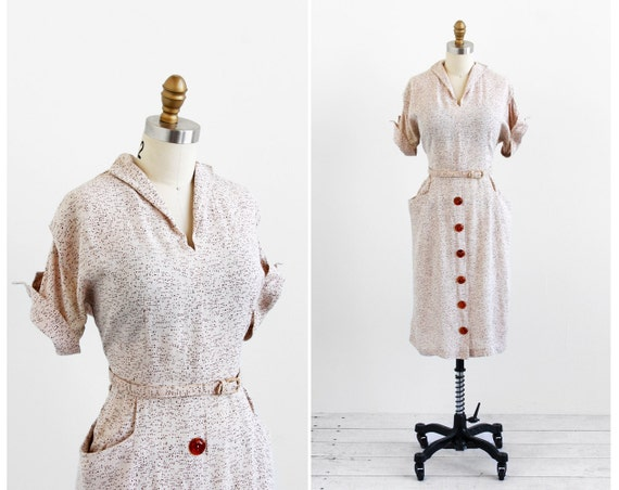 vintage 1940s dress / 40s dress xl / Speckled Tan Day Dress with Large Buttons