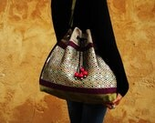 Queen Honey Bee Silk Gypsy Bag, Abuzz for Christmas