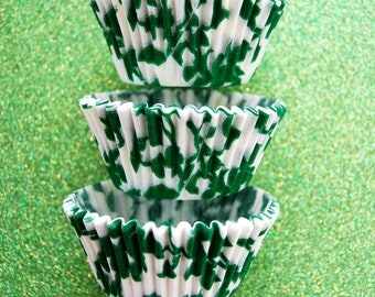 Kelly Green Ivy Cupcake Liners (50 per pack)