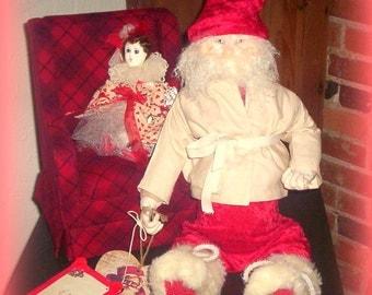 Primitive Folk Art Valentine Santa & Dollye Vignette