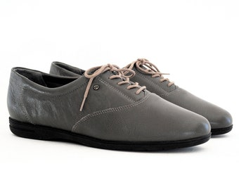 Mens Easy Spirit Oxfords. Deep Smoke Grey Leather Comfort Flats 10, 9.5